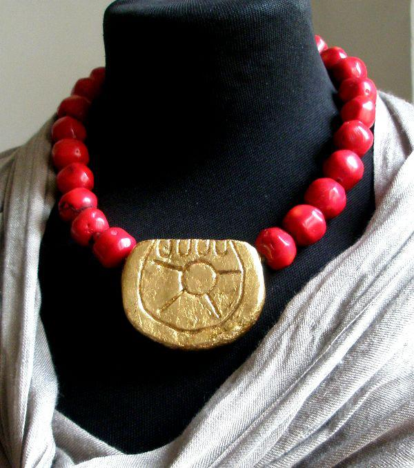 collar sol frida kahlo